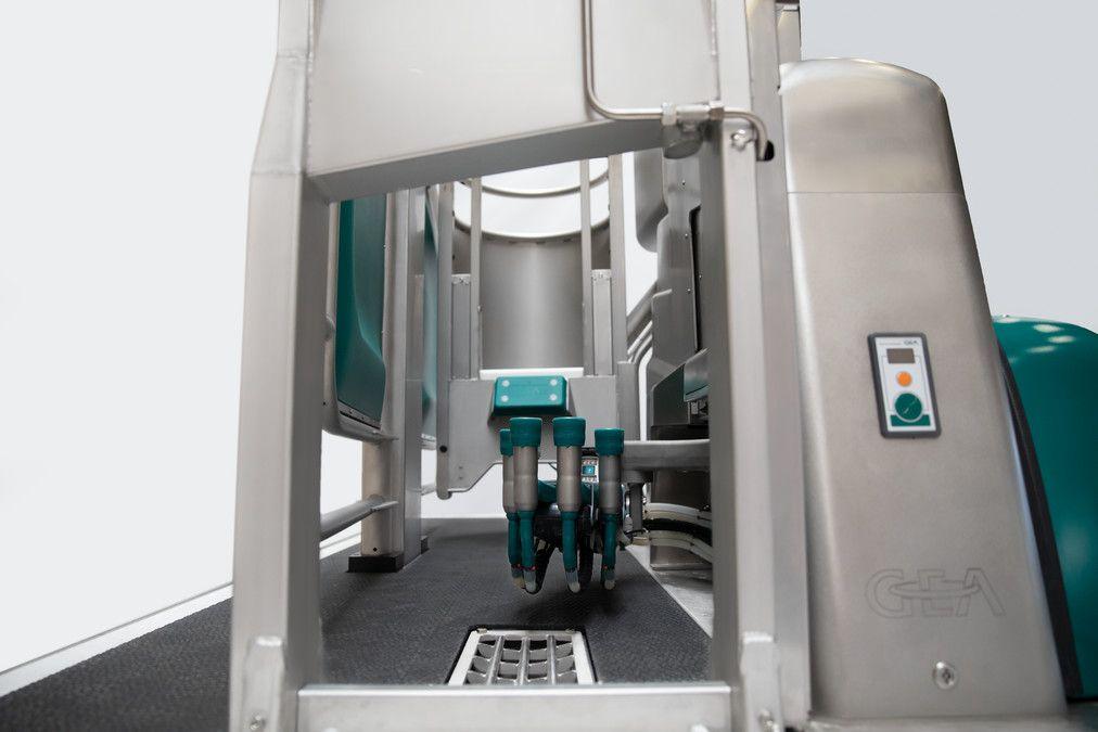 GEA DairyRobot R9500